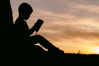 Boy reading - encouraging boys to read