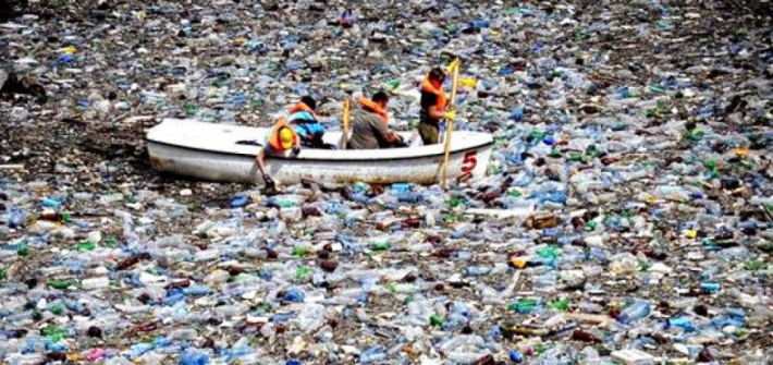 single use plastic ocean